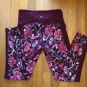 Athleta women maroon/burgundy pants Small